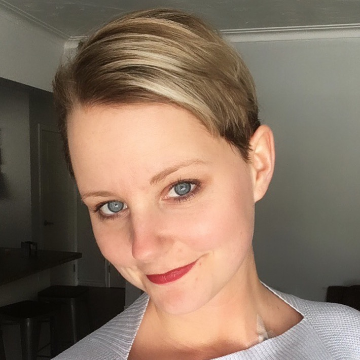 lindsy matthews, personal trainer, hair cut, hair loss, chemo, chemotherapy, cancer, breast cancer